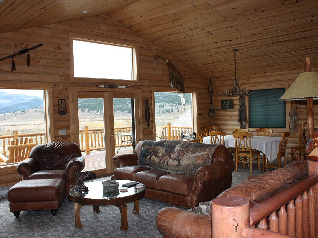 Elk lake lodge montana cabins montana cabin rentals in for West yellowstone cabins